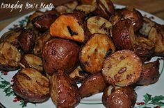 ~Onion Roasted Potatoes~ 3 ingredients, and hour in the oven and you have a side dish packed full of flavor your family will love!