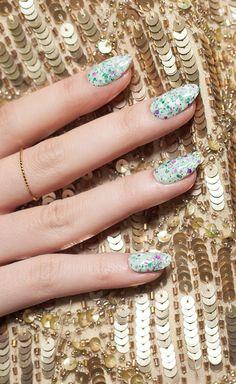 mint splatter nails