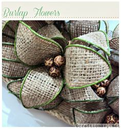 Make flowers with burlap (bendable flowers) - Craftionary