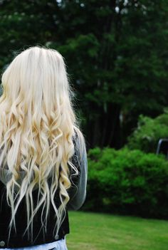 these curls are so gorgeous!