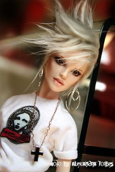 Spiked Hair Fashion Doll.