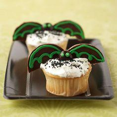 cupcak idea, bats, candi, cooki, halloween cupcakes, fli bat, bat cupcak, parti idea, halloween parti