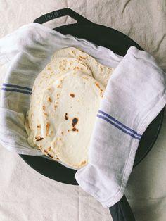 Easy recipe for homemade flour tortillas