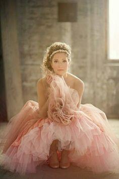 wedding dressses, gold weddings, pink wedding dresses, pale pink, pink weddings