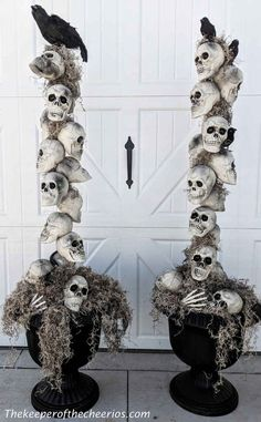 Cheap and Easy Halloween Decoration Ideas | DIY Dollar Store Halloween Decoration Ideas | Easy DIY Halloween Decor | DIY Tomato Cage Witch Hat | DIY Sunflower Skulls | DIY Milk Jug Witch | DIY Skeleton Topiary | DIY Skull flowers | DIY Dollar Tree Halloween decoration ideas | Easy Outdoor Halloween Decoration Ideas | DIY Lighted Ghosts | #TheNavagePatch #DollarStore #DollarTree #Halloween #EasyDIY #Upcycled #Repurposed #HalloweenDecor #OutdoorDecor | TheNavagePatch.com