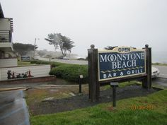 Moonstone Beach Bar and Grill | Yelp