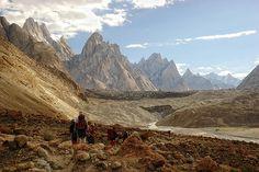 Pakistan - Karakoram mountains - photo by Daniel Cano Ott via flickr