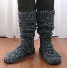 Crochet boot socks, free and easy pattern.