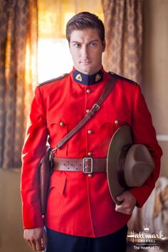 Daniel Lissing in When Calls The Heart series