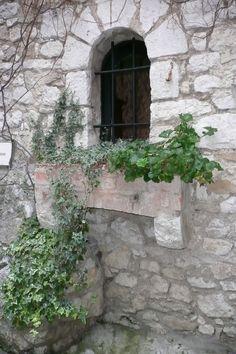 stone wall, window