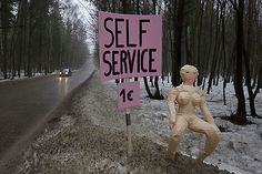 roadside self service blow-up dolls in Poland - Sander Reijgers