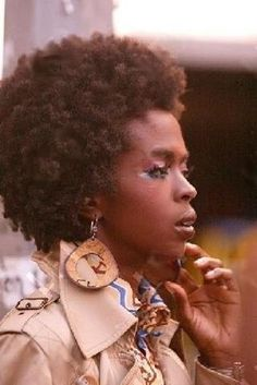 hair afro, natur afro, lauryn hill hair, afro beauti, afro styles, natur hair, afro hair, amaz afro, hair color