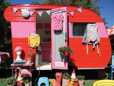 Red and Pink vintage caravan style book The Vintage Caravan Style Book