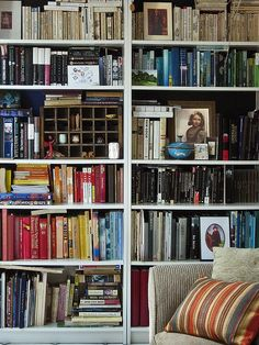 libraries, orang stripe, houses, colors, cushions, bookshelv, oranges, stripe cushion