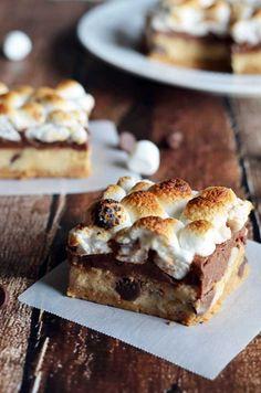 peanut butter and cookie dough s'mores bars | blog.hostthetoast.com
