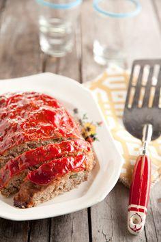 """Paula Deen's """"Refashioned"""" Turkey Meatloaf"""