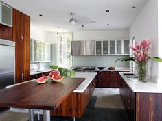 Contemporary Kitchens from SPG Architects on HGTV