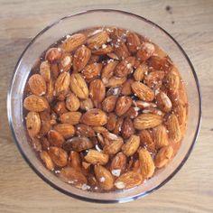 How to make almond milk