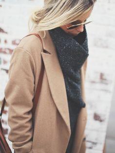 Oversized camel coat = elegant in a slightly masculine way <3
