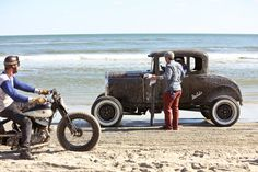 Beautiful pics from The Race of Gentlemen 2014 are stirring up a craving for the open road...