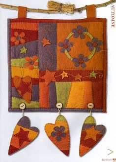 Many penny rugs & mini quilts with instructions