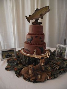 That's a great groom's cake!