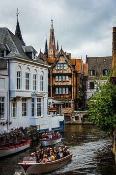 tourist boat, bruge belgium, bruges belgium