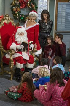 """A """"Days of Our Lives"""" Christmas"""