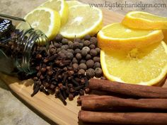 Make Your Own Simmering Holiday Stove Top Potpourri