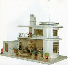 1930's dollhouse  - streamline moderne at its best.