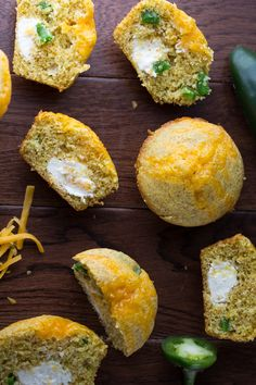 Jalapeño Popper Cornbread Muffins by sweetpeasandsaffron #MUffins #Cornbread #Jalapeño