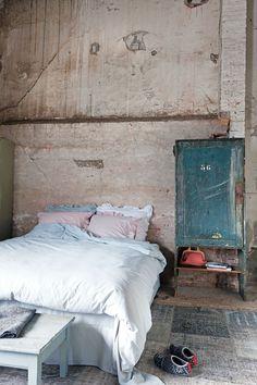 Prachtig nieuw beddengoed bij #vtwonen  #bedroom  #sheets  #bed  #dekbedovertrek  #shop  #interior  from $76.18 / €59,95