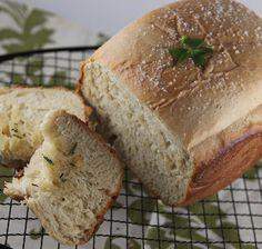 the bread, mashed potatoes, potato bread, breads, bread recipes, rattlebridg farm, cooking tips, irish potato, bowls