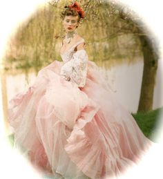 color palettes, amaz dress, crowns, dream, vintage pink, pale pink, pink weddings, gown, beauty