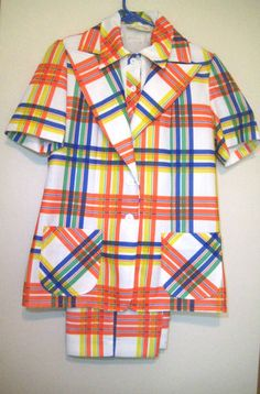 Vintage Plaid pantsuit from the 1970s this is true Plaid Madness!