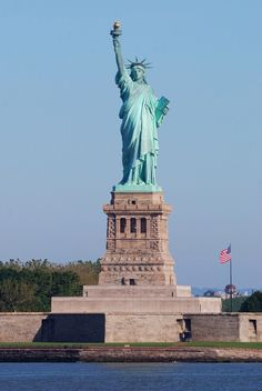 Top 10 Places To Visit in New York - Statue of Liberty