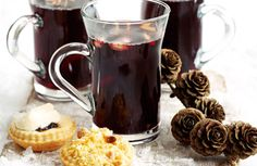 Mulled wine drinks reception