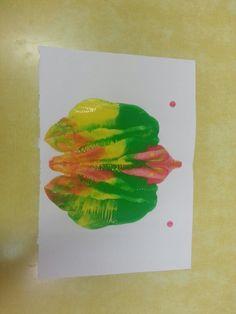 La meva papallona: simetria amb pintura.