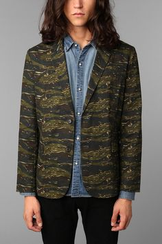 Not your average blazer. #urbanoutfitters #camo