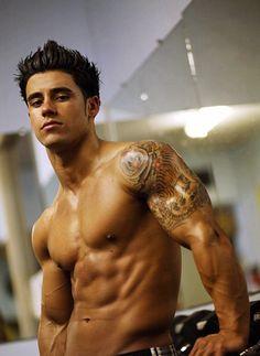 Santi Aragon | #abs #muscular #MenWithTats