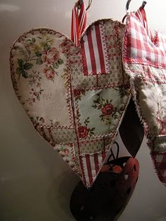 patchwork hearts -- this would be a great place to practice some different hand embroidery stitches