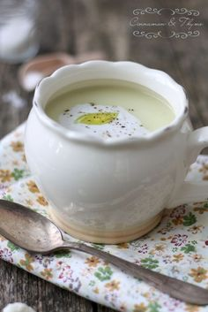 Cauliflower Coconut Soup (scroll down site page for recipe in English