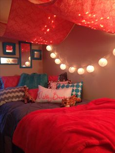 Dorm room :) love these colors! IDK how they did the drapery part but I love the whole thing!!!!!!