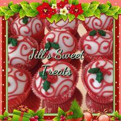 Christmas cake bites #cake #cakepops #glitter #baking #fun #food #holly #foodie #winterwonderland #foodart #foodista #christmas #foodagram #foodlover #foodtography #foodforfoodie #goodies #instafood #cakeball #tasty #treats #cakebites #scroll #sweets #sweettooth #cakelove #cakepoplove #newyears  #cakeswag