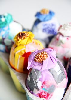 Scrap fabric Easter eggs--love.them.