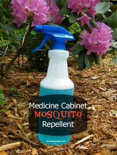 Medicine Cabinet Mosquito Repellent - make your own bug repellent - non-toxic, easy, and it works! #DIY #healthy #summer
