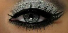 glamour eye make-up smoky
