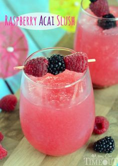 Relax with this delicious and refreshing Raspberry Acai Slush! | MomOnTimeout.com