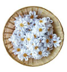Crochet flowers (free pattern).