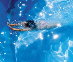 How Many Calories Are You Burning? Swimming: Spending time in the pool is a great way to get a full-body workout without wear and tear on your joints. You'll also burn about 226 calories during 30 minutes of slow and steady freestyle laps. (Breaststroke and vigorous freestyle burns about 322). #SelfMagazine